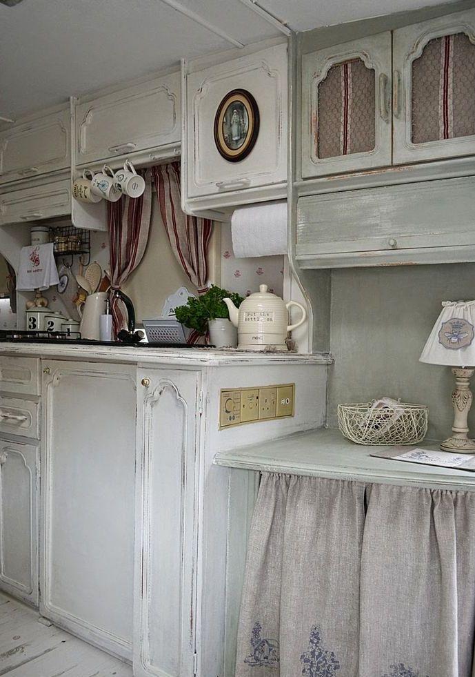 25 Cute Shabby Chic Kitchen Design Ideas | Interior God on Rustic:1Gdhjdx6F3G= Farmhouse Kitchen  id=19501