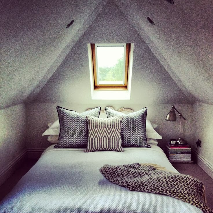 39 Dreamy Attic Bedroom Design Ideas