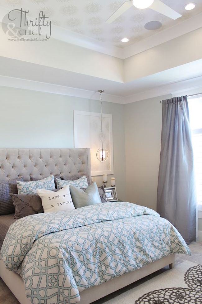 blue and grey for this master bedroom