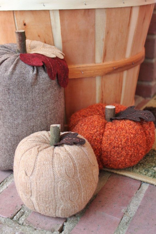 DIY Crochet Pumpkin No-carve Pattern With Key Fall