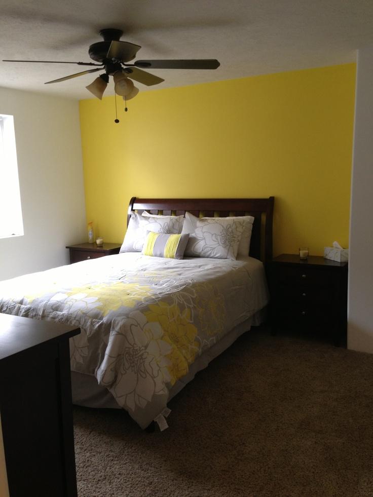 33 Sunny Yellow Accents Bedroom Ideas   Interior God