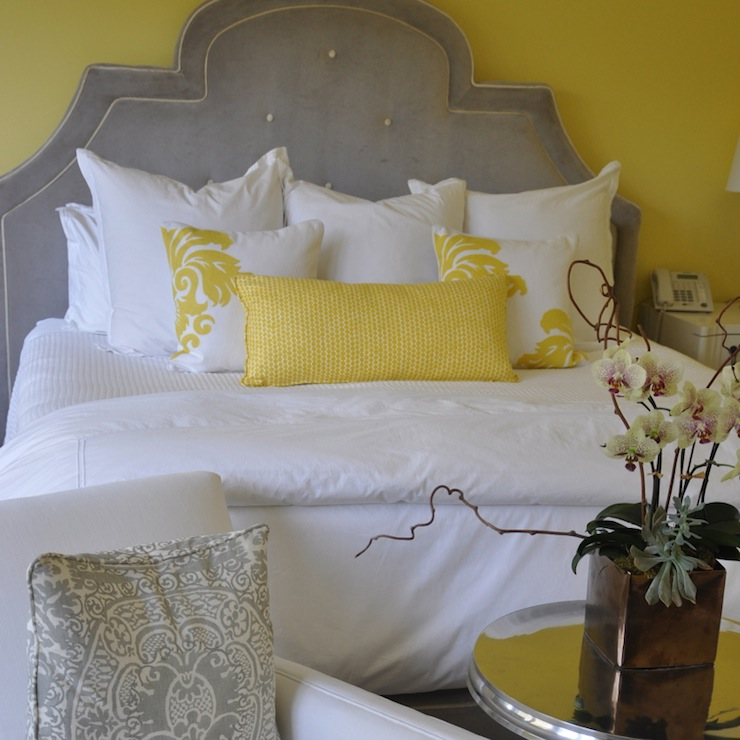 33 Sunny Yellow Accents Bedroom Ideas