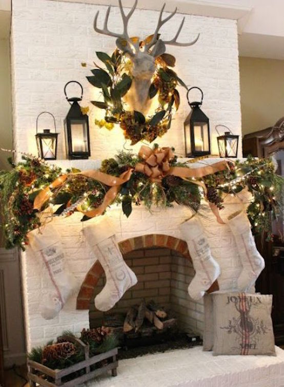 31 Captivating Indoor Rustic Christmas Decor Ideas