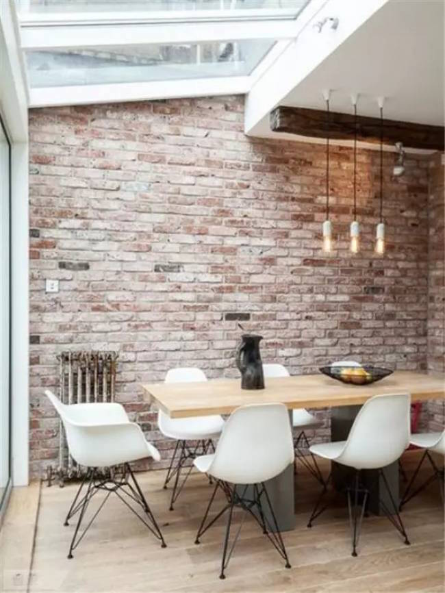 exposed brick dinning room