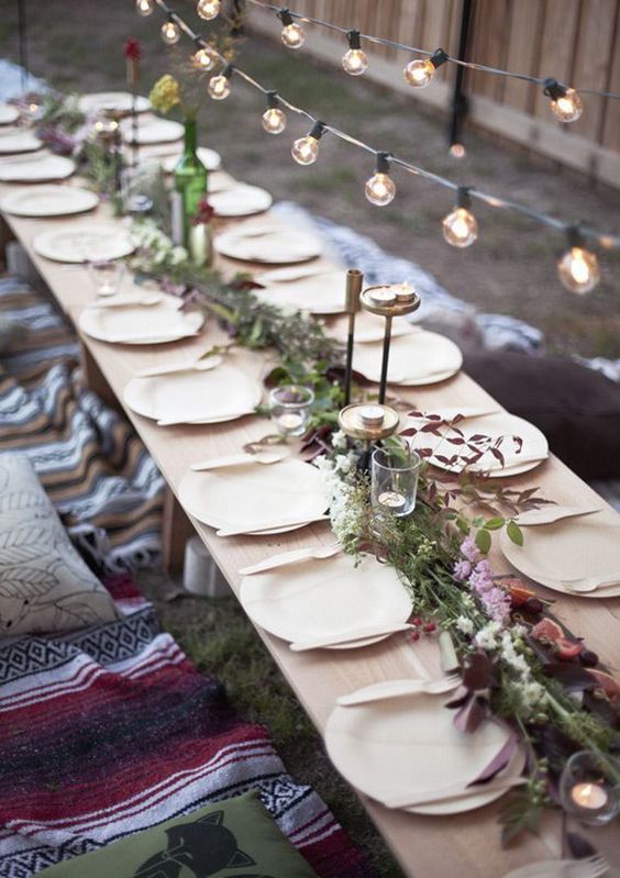 outdoor christmas table settings