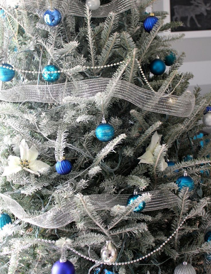 silver and blue christmas tree decorating ideas
