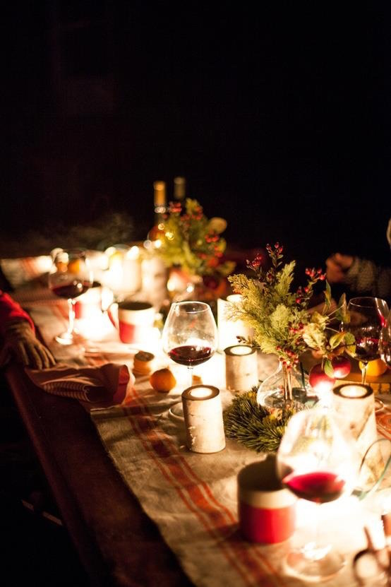 cool outdoor christmas table settings