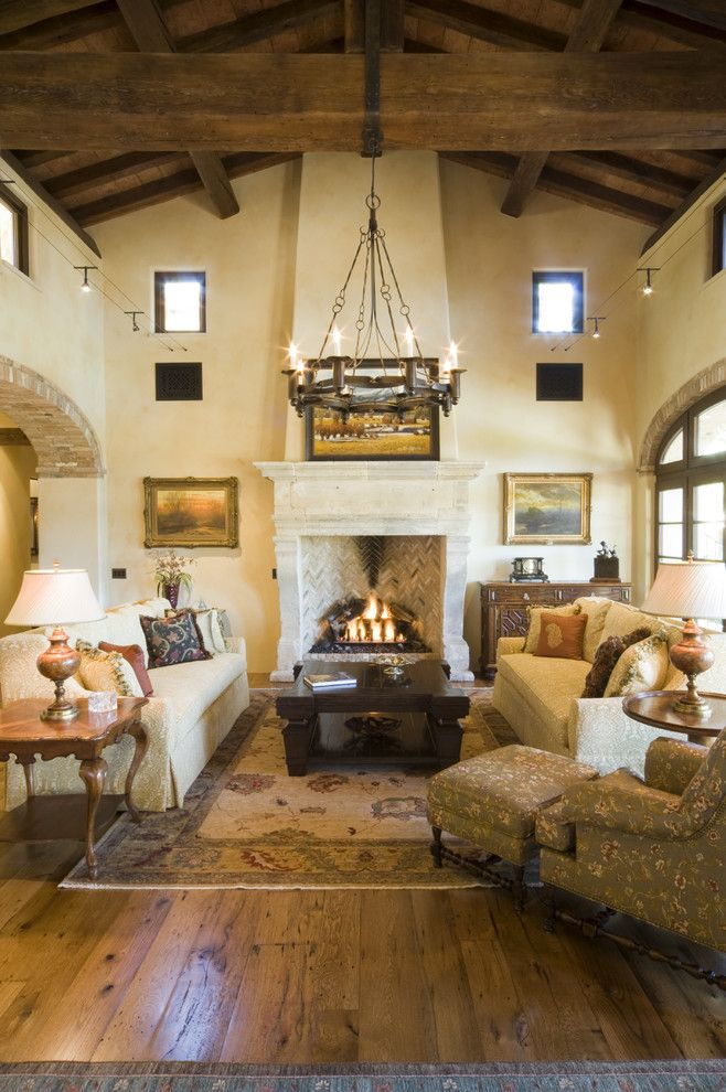 rustic living room decor with vaulted ceiling ideas